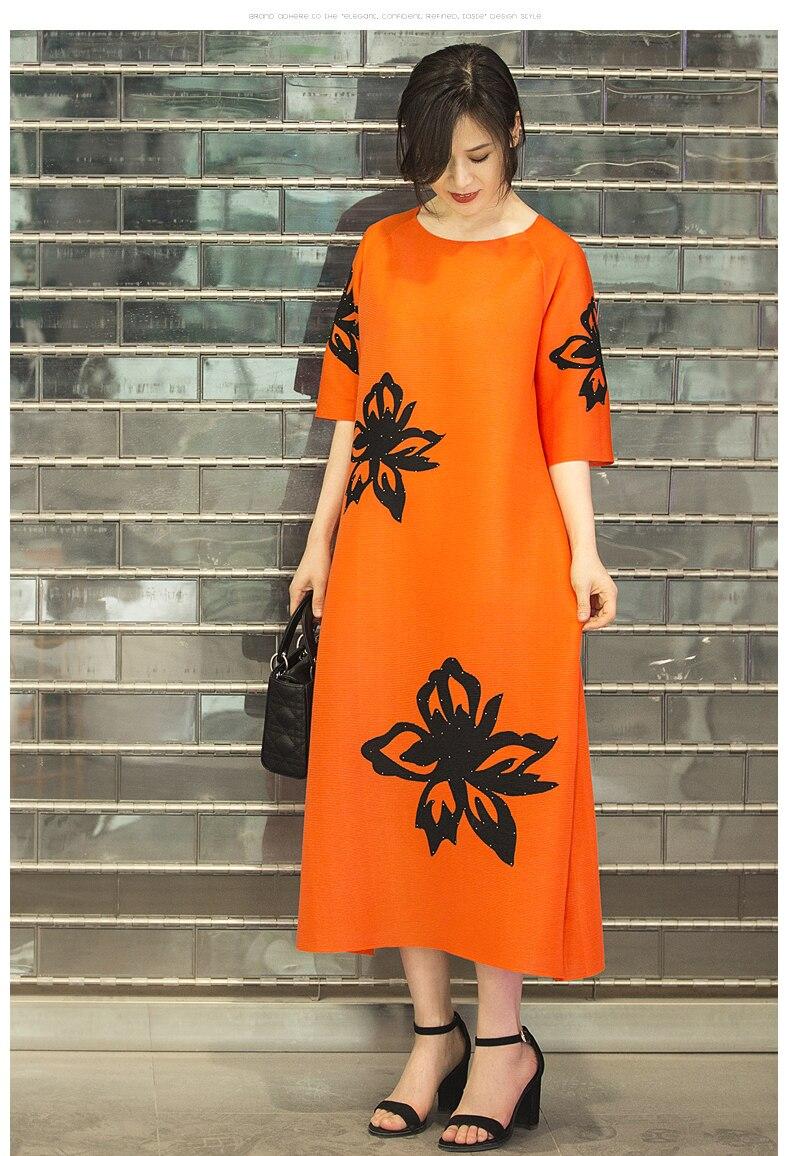 HOT SELLING Miyake fasion fold print half sleeve fashion o-neck straight dress IN STOCK 3