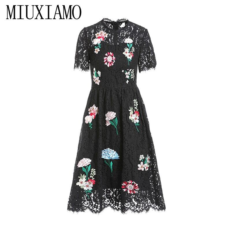 MIUXIMAO 19 New Fashion Runway Summer Dress Women's Retro Half Sleeve Flower Diamonds Embroidery Lace Vintage Dress vestidos 1