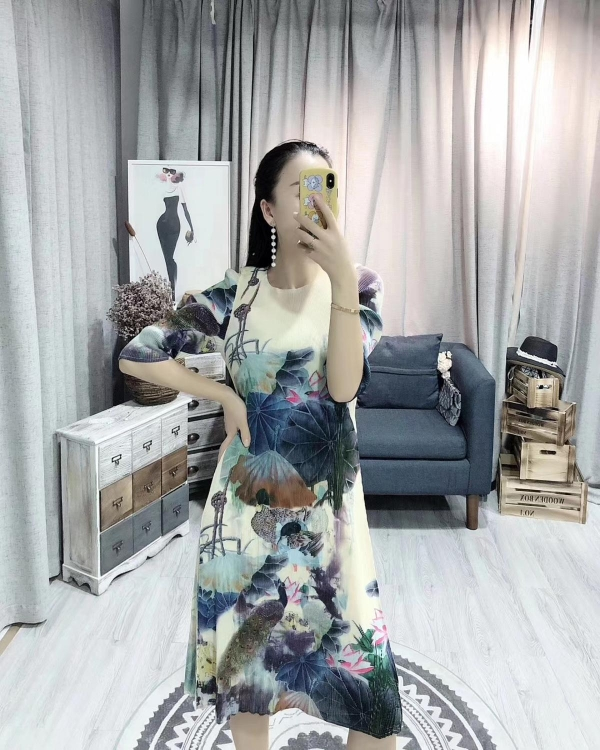 HOT SELLING Miyake new fashion fold Chinese style ink painting half sleeve o-neck dress IN STOCK