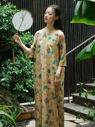 Retro Frog Buttons Long Side Opening Half Sleeve Yellow Floral Dress, Traditional Chinese Cheongsam Style Loose Straight Robes