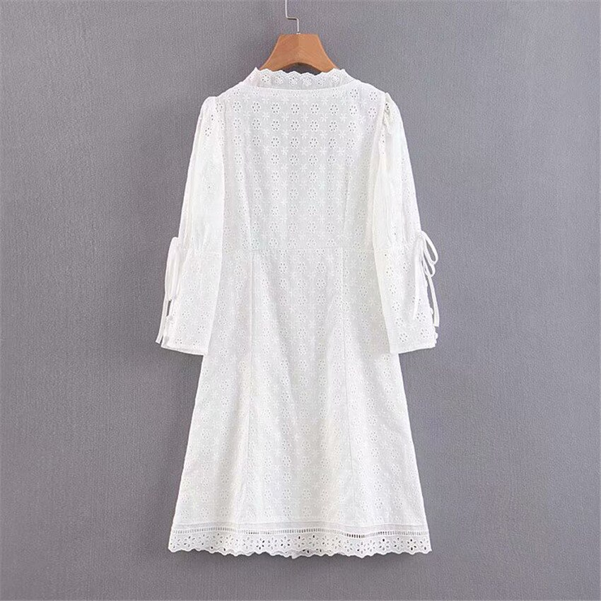 Women sweet embroidery hollow out mini dress white pleated half sleeve dresses female sweet chic A line vestido 2