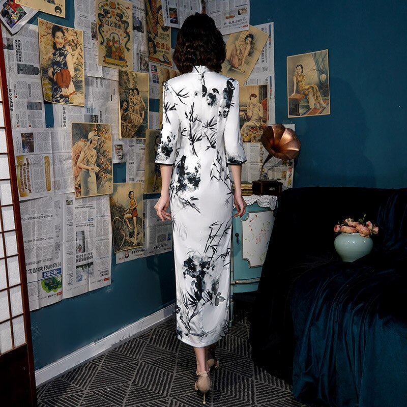 White Oversize 3XL 4XL Autumn New Arrival Vintage Half Sleeve Cheongsam Sexy Women Formal Long Dress Print Flower Satin Qipao 3