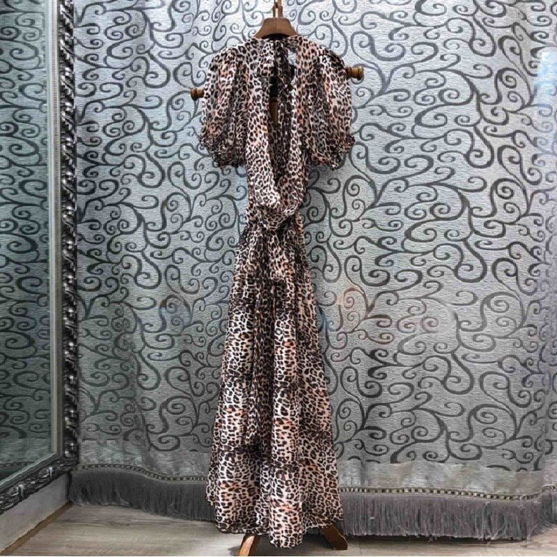 High Quality New 19 Summer Sexy Long Dress Women V-Neck Back Bow Elegant Half Sleeve Sexy Wild Leopard Print Beach Maxi Dress 2