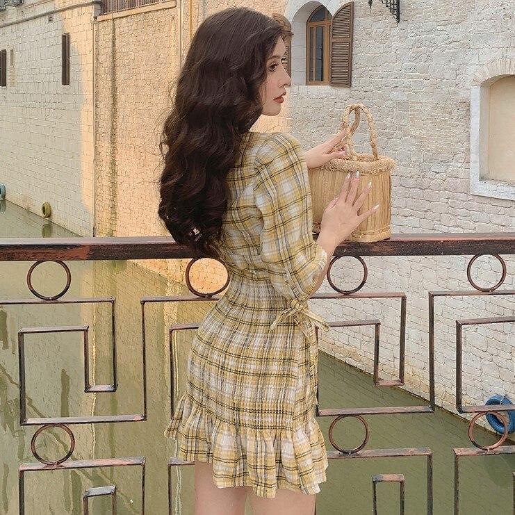 Autumn 19 New V-neck Waistband Hip , Short , Plaid Dress With Half Sleeves, Small Dress 2