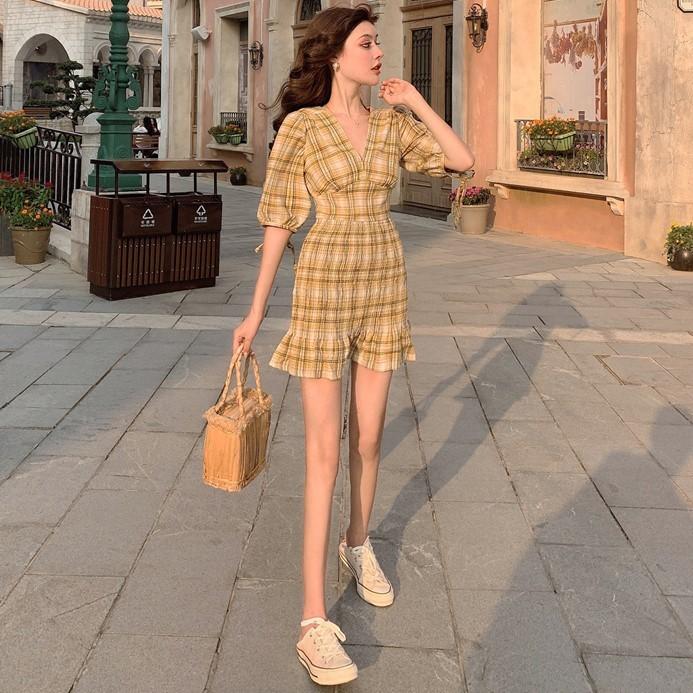 Autumn 19 New V-neck Waistband Hip , Short , Plaid Dress With Half Sleeves, Small Dress 3