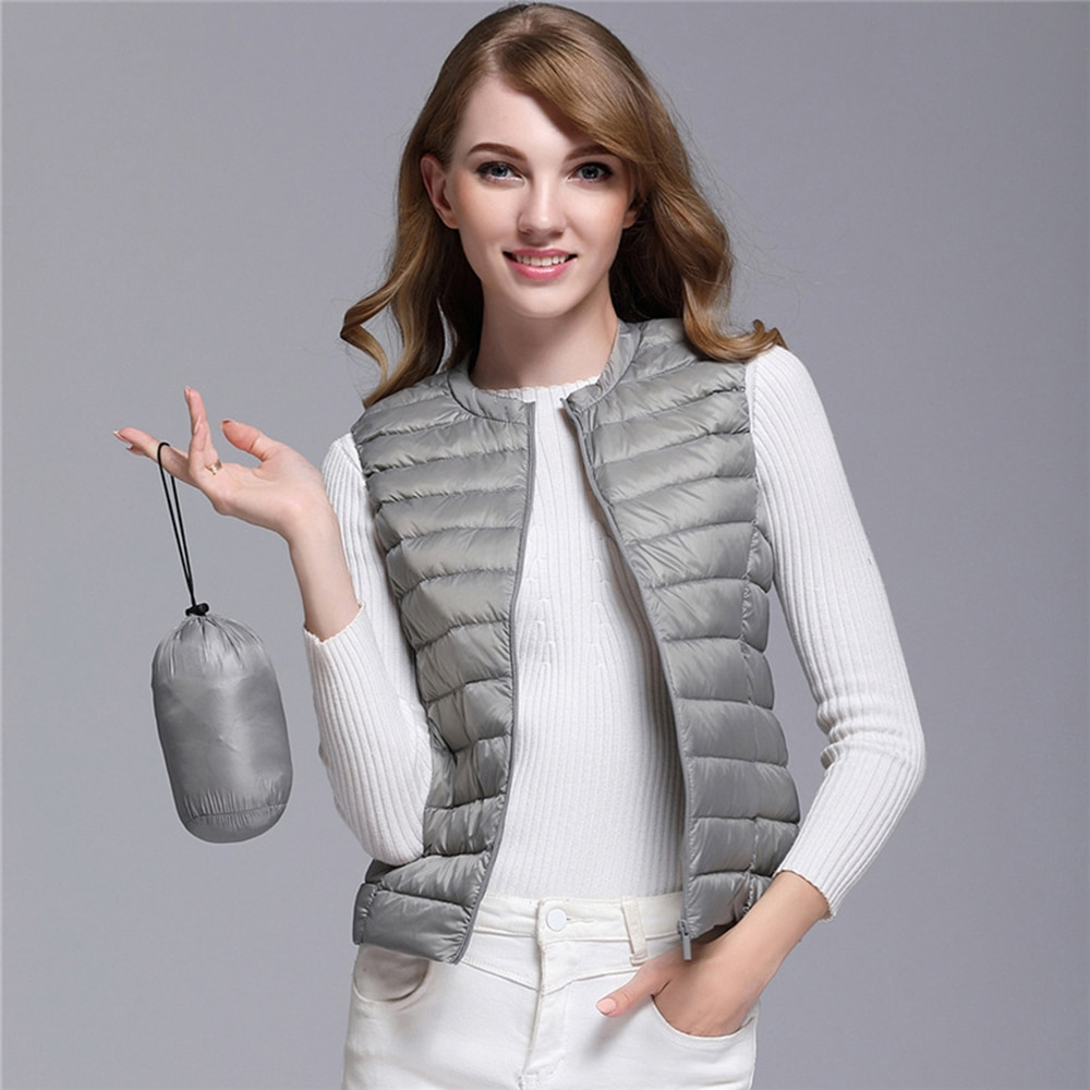 Women's Ultra Light Duck Down Vest Jacket Women White Duck Down Vest 2019 Autumn Winter Round Collar Sleeveless Coat for Women 1