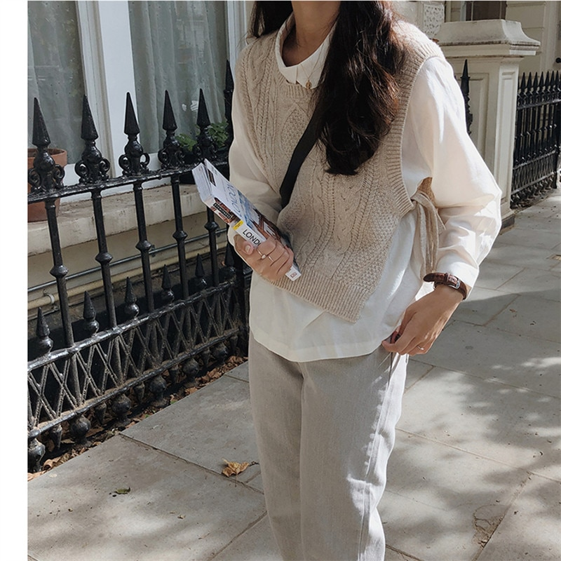 New o neck Girls Pullover vest sweater Autumn Winter short Knitted Women Sweaters vest Sleeveless Warm Sweater Casual oversize 2
