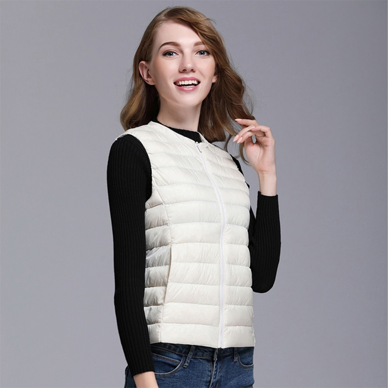 Autumn White Duck Down Women's Short Vest Jacket Sleeveless Portable Office Lady Women Vests Coat 2019 Winter Waistcoat Female 3