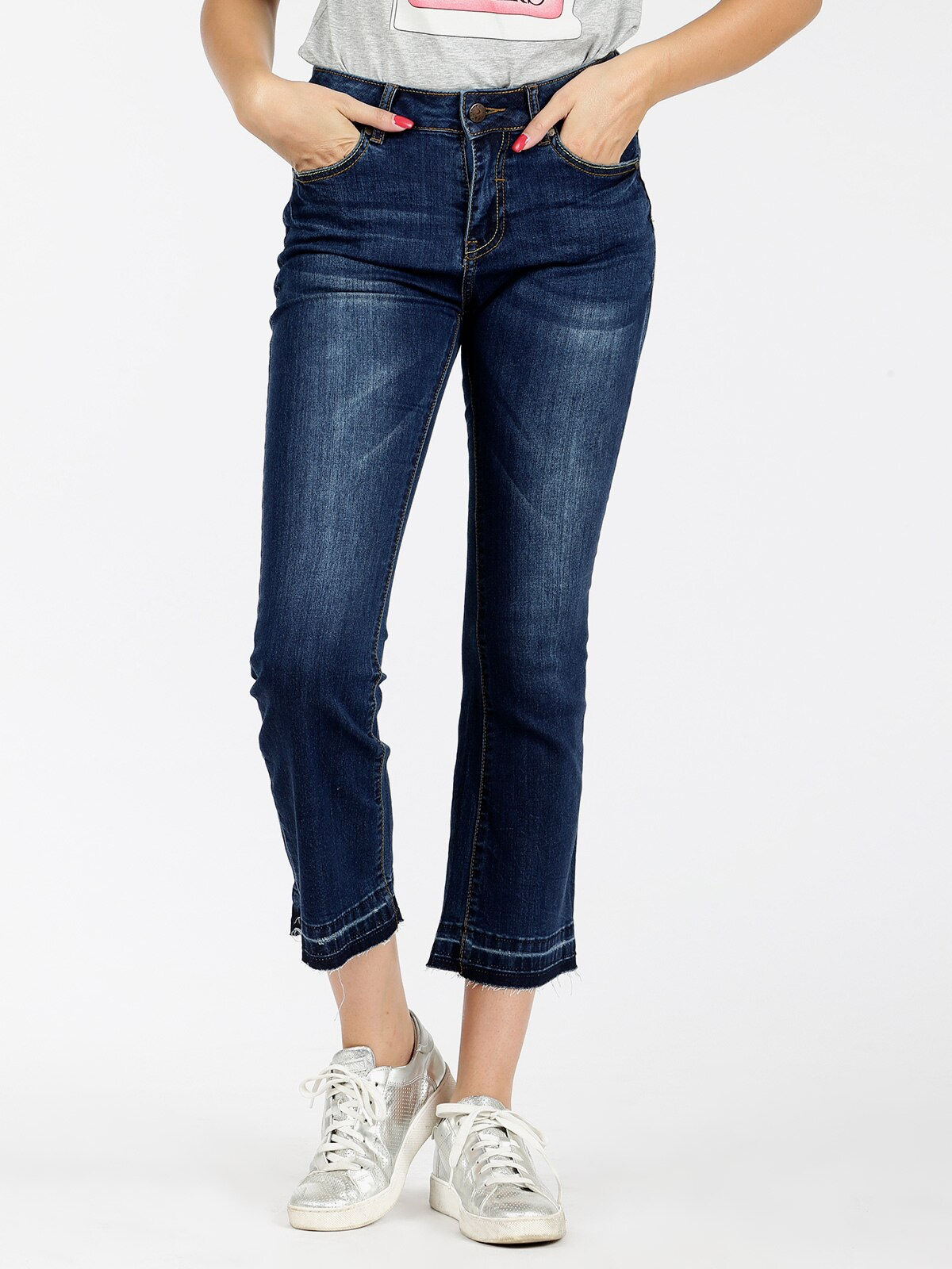 Woman flare jeans vertical straight three quarter flare trousers 3