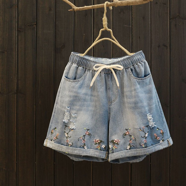 6158 new summer women elastic waist straight short jeans hole embroidery loose casual short pants