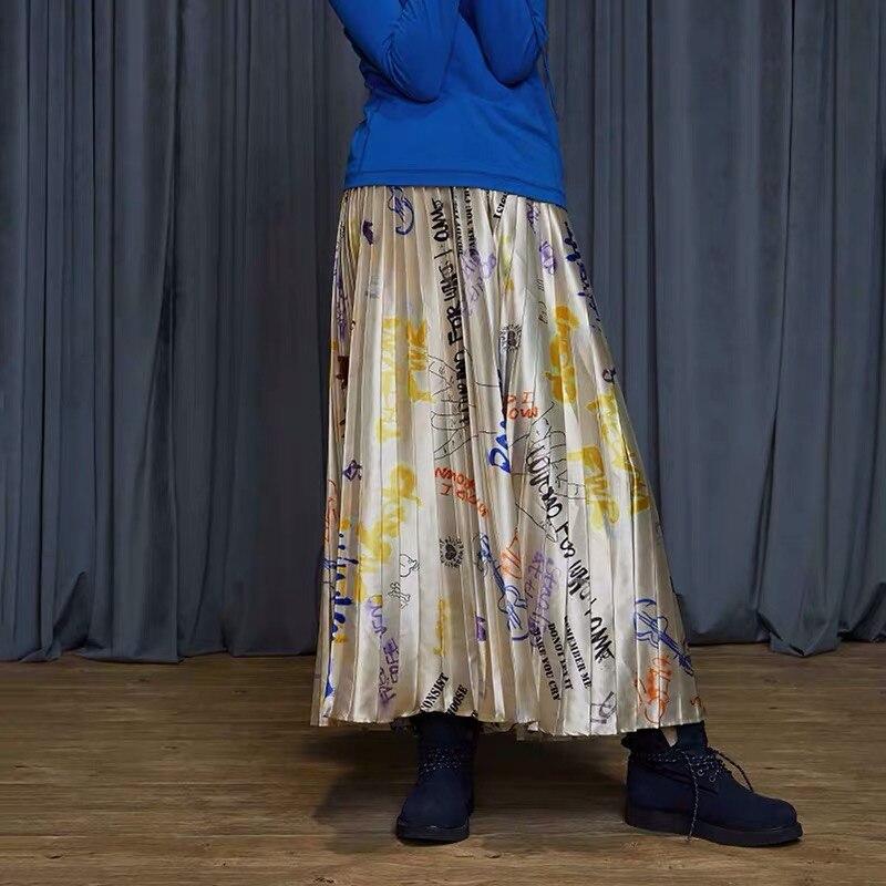 IRINACH32 Fall Winter 2019 New Collection graffiti print long pleated skirt women 4