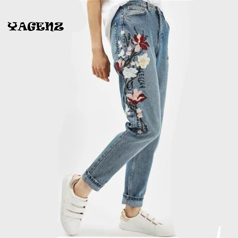 2019 Autumn Fashion Floral Embroidered Jeans For Women Vintage Straight Jeans Woman Denim Pants female Light blue casual pants 2